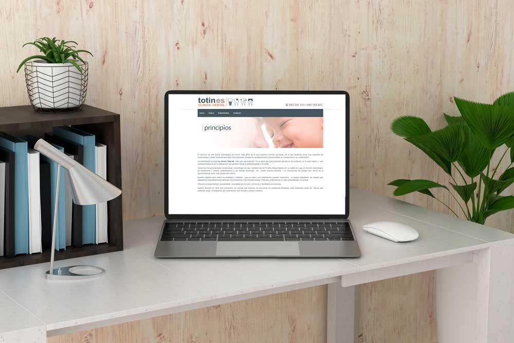 Diseño Web Clínica Dental Totín